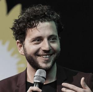 Speaker - Felix Banaszak