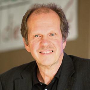 Speaker - Olaf Axel Burow