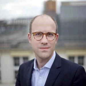 Speaker - Manuel J. Hartung